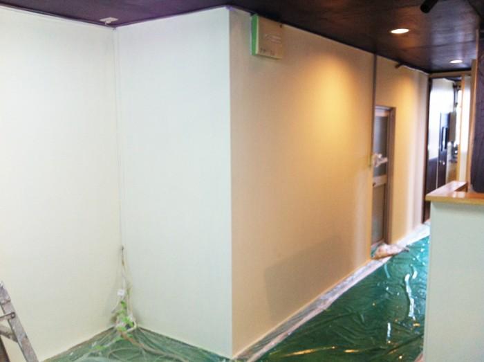 壁の塗り替え