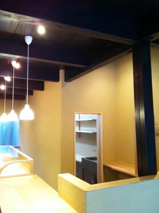 店舗リニューアルに伴う内装の塗り替え・リフォーム
